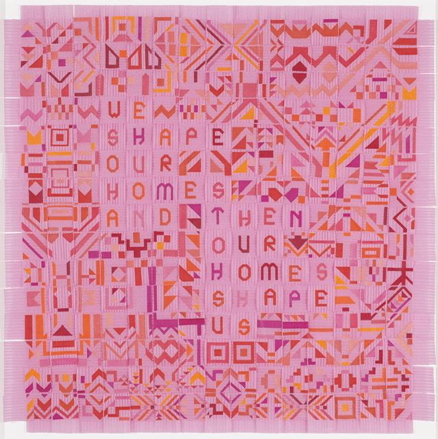 Caroline Monnet (née en 1985), Nous façonnons nos maisons, puis nos maisons nous façonnent, 2021, broderie sur bandes d'étanchéité. Collection de l'artiste. Photo MBAM, Jean-François Brière